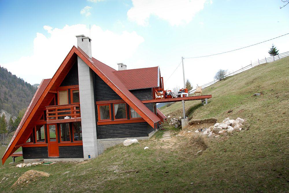 adelaparvu.com despre casa de munte Bucegi, casa din lemn, arh Adina Samoil (3)
