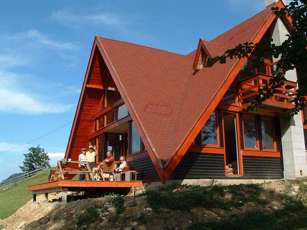 adelaparvu.com despre casa de munte Bucegi, casa din lemn, arh Adina Samoil (9)