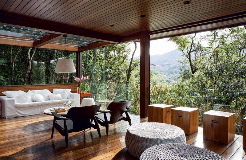 adelaparvu.com despre casa moderna cu ferestre generoase, casa Nova Lima, arhitect Carlos Alexandre Dumont, Foto Casa Abril (2)