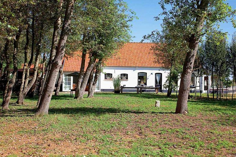 adelaparvu.com despre casa rustica Belgia (23)