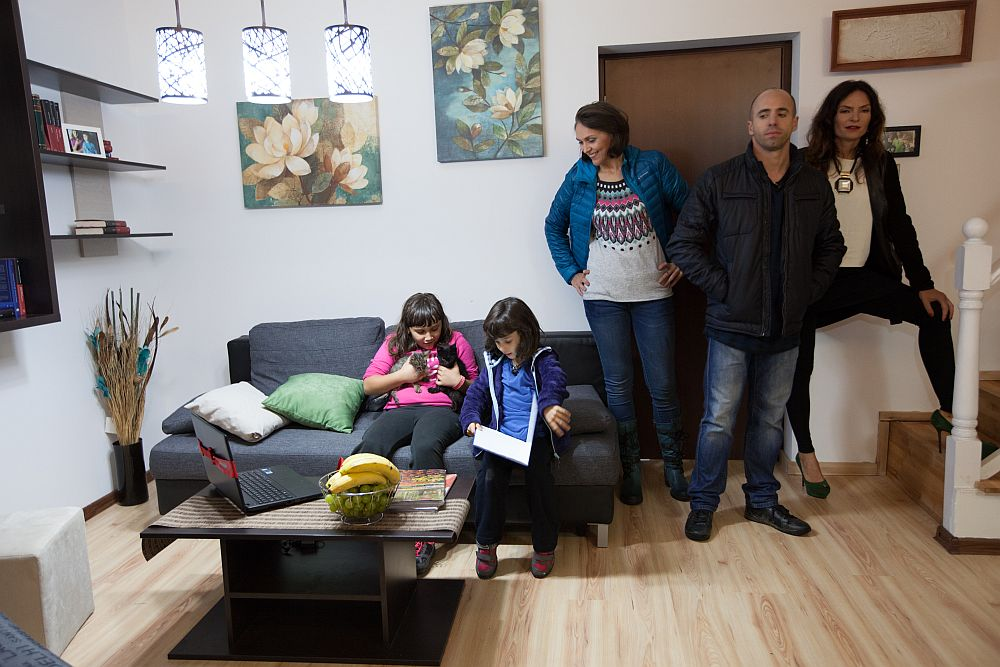 adelaparvu.com despre living Casa Maria Moldoveanu din emisiunea Visuri la cheie, ProTV (18)