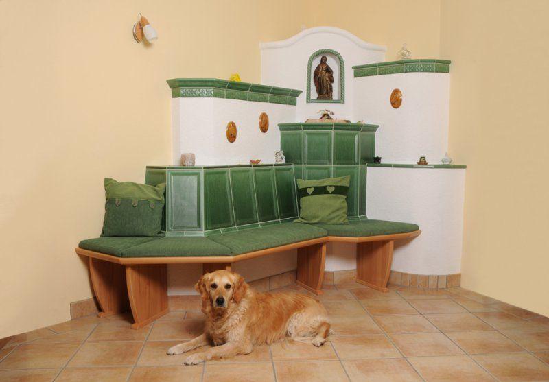 adelaparvu.com despre mobilier in jurul sobelor de teracota, banci pentru sobele de teracota (7)