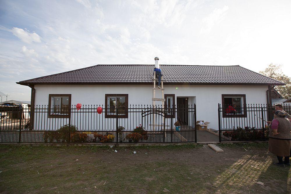 adelaparvu.com despre Casa familiei Ilie, Tufeni, Olt emisiunea Visuri la cheie, ProTV, sezon 1, 2014 (5)
