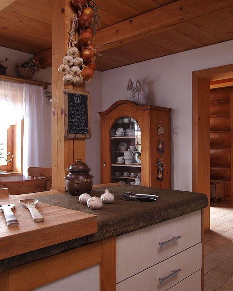 adelaparvu.com despre bucatarie rustica cu electrocasnice moderne (6)