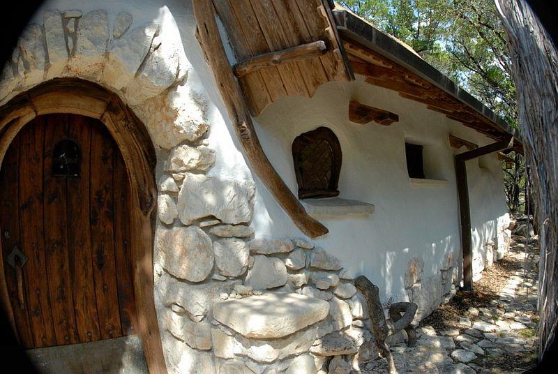 adelaparvu.com despre casa din paianta, baloti de paie si lut, Gary Zucker (14)