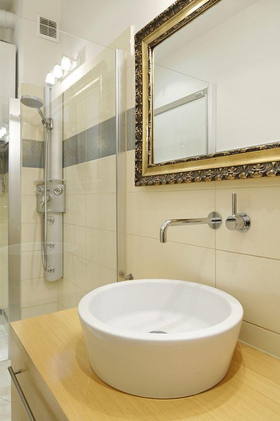 adelaparvu.com despre casa moderna cu piese de mobila clasice, Foto Urzadzamy (14)