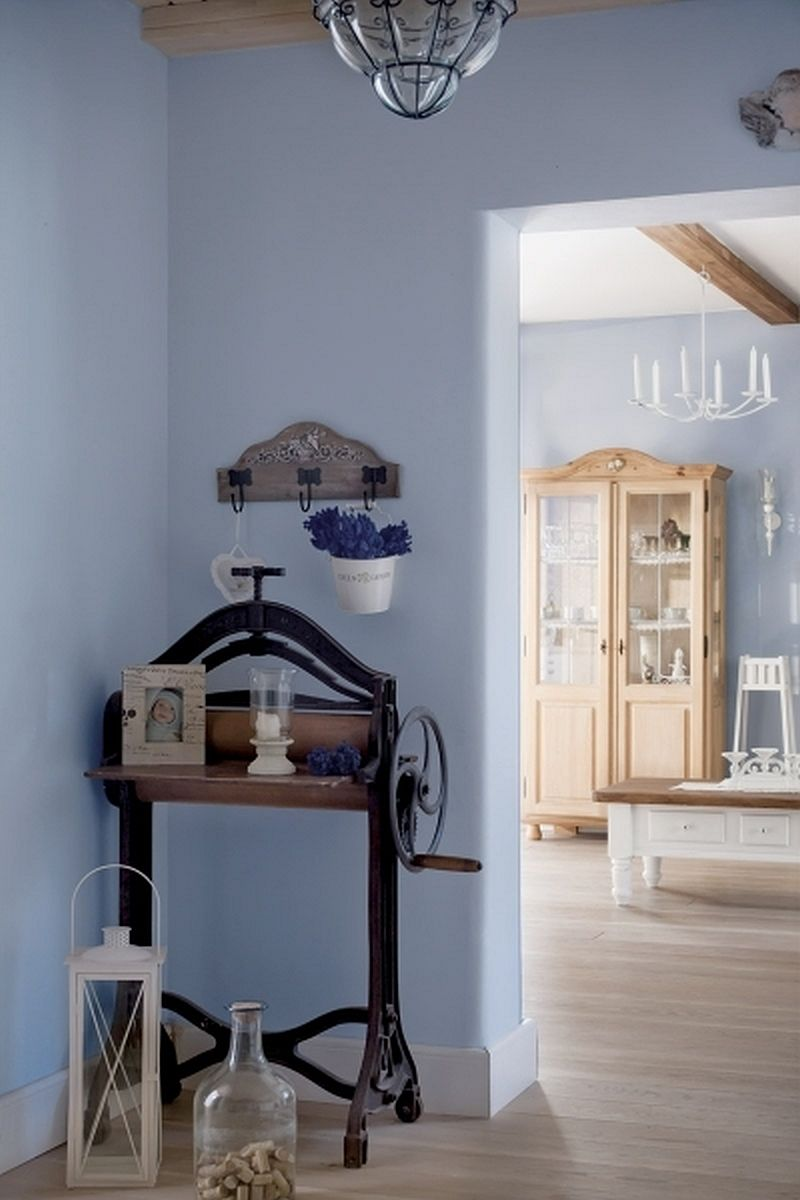 adelaparvu.com despre casa rustica cu interior alb si albastru, Casa Polonia, Foto Rafal Lipski (10)
