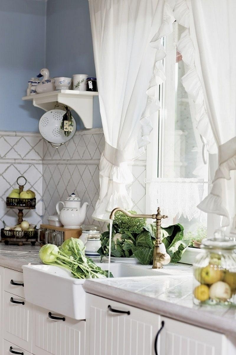 adelaparvu.com despre casa rustica cu interior alb si albastru, Casa Polonia, Foto Rafal Lipski (5)