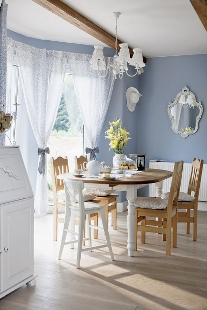 adelaparvu.com despre casa rustica cu interior alb si albastru, Casa Polonia, Foto Rafal Lipski (6)