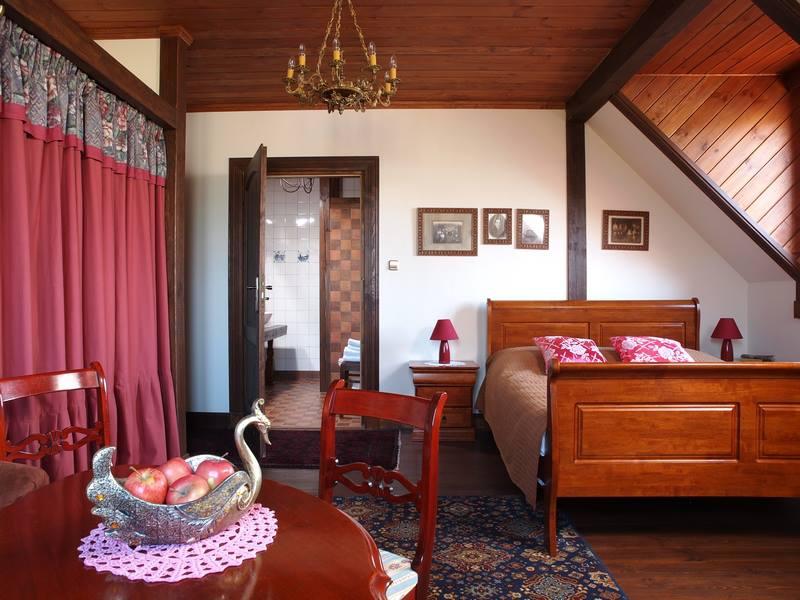 adelaparvu.com despre casa rustica din lemn cu interior clasic, casa Polonia, pensiune Stanica Rzeczna (21)