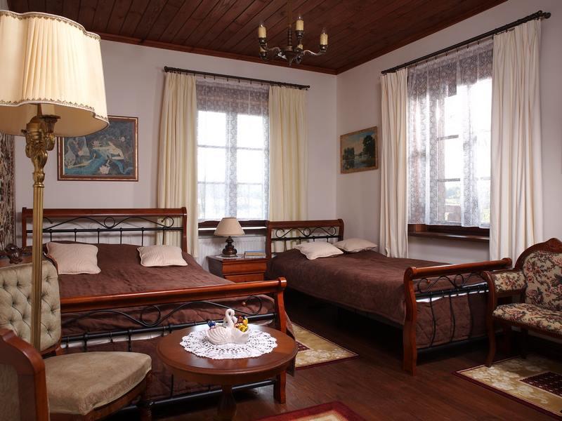 adelaparvu.com despre casa rustica din lemn cu interior clasic, casa Polonia, pensiune Stanica Rzeczna (23)