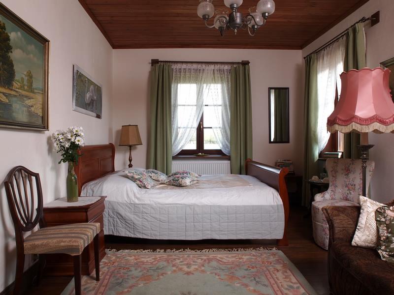 adelaparvu.com despre casa rustica din lemn cu interior clasic, casa Polonia, pensiune Stanica Rzeczna (24)