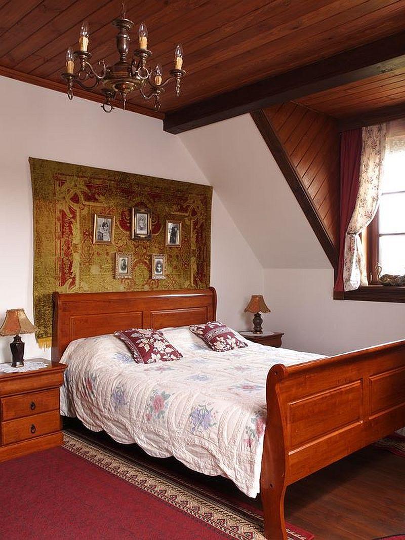 adelaparvu.com despre casa rustica din lemn cu interior clasic, casa Polonia, pensiune Stanica Rzeczna (25)