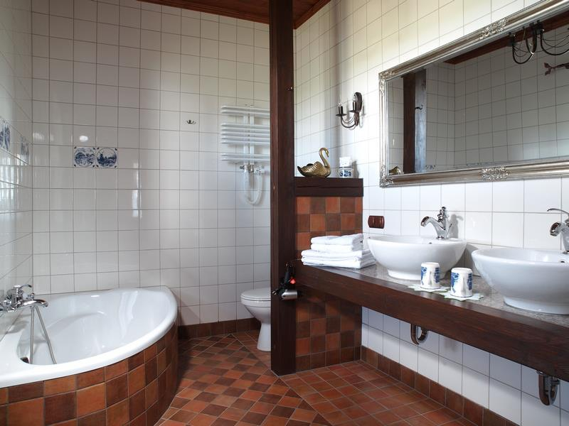 adelaparvu.com despre casa rustica din lemn cu interior clasic, casa Polonia, pensiune Stanica Rzeczna (26)