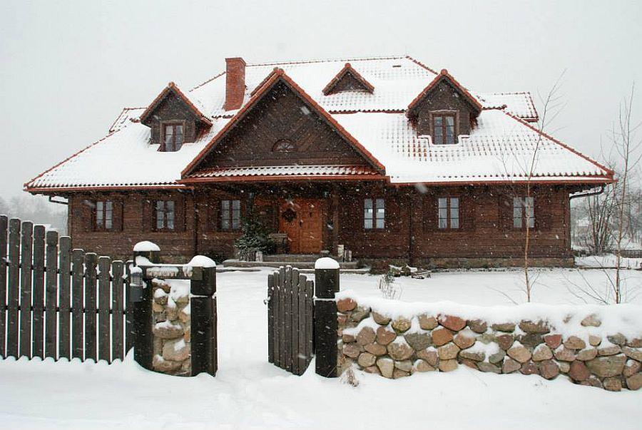 adelaparvu.com despre casa rustica din lemn cu interior clasic, casa Polonia, pensiune Stanica Rzeczna (29)