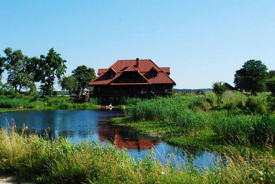 adelaparvu.com despre casa rustica din lemn cu interior clasic, casa Polonia, pensiune Stanica Rzeczna (40)