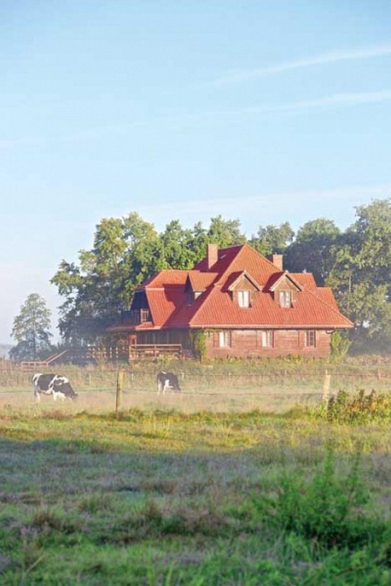 adelaparvu.com despre casa rustica din lemn cu interior clasic, casa Polonia, pensiune Stanica Rzeczna (6)