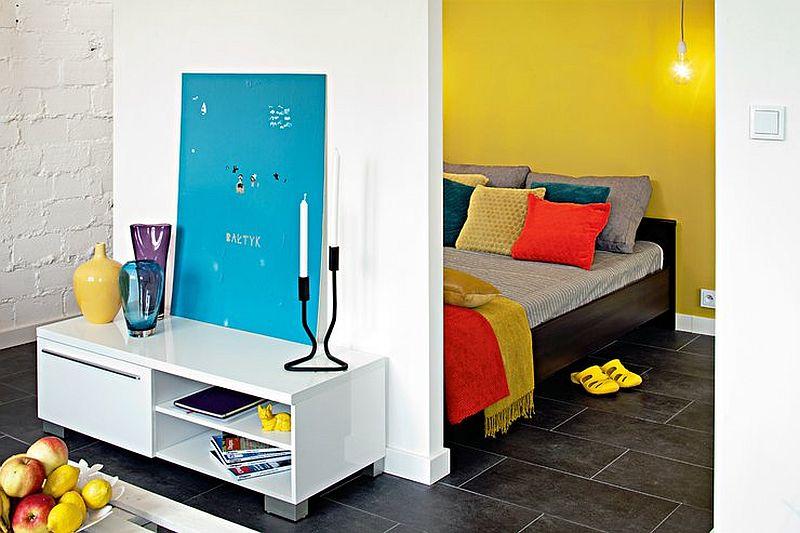 adelaparvu.com despre garsoniera colorata si moderna, design interior Maja Zalewska si Marek Kostykiewicz (11)