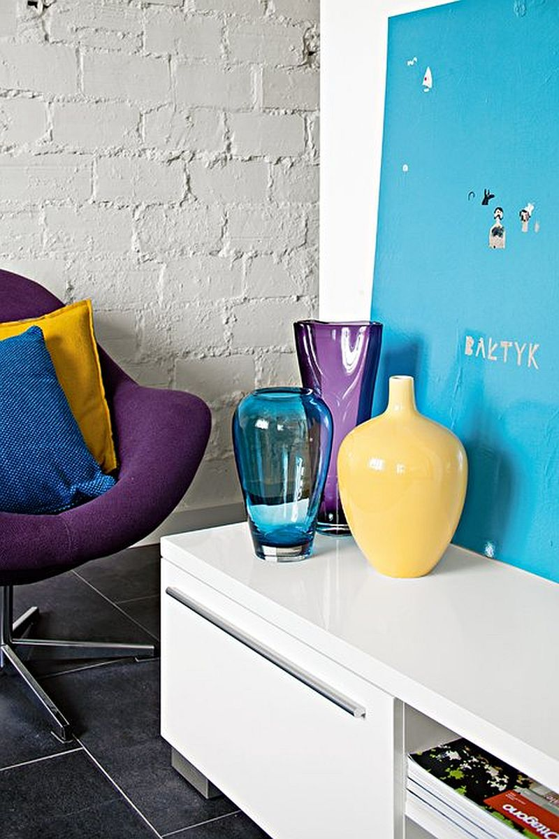 adelaparvu.com despre garsoniera colorata si moderna, design interior Maja Zalewska si Marek Kostykiewicz (5)