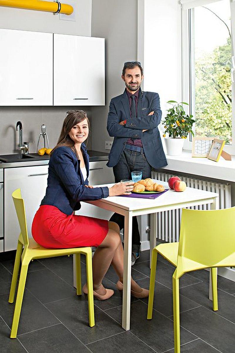 adelaparvu.com despre garsoniera colorata si moderna, design interior Maja Zalewska si Marek Kostykiewicz (9)