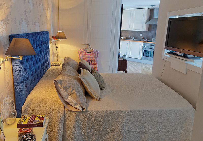 adelaparvu.com despre garsoniera de 35 mp cu pat si canapea in aceeasi camera, Foto MiCasa (12)