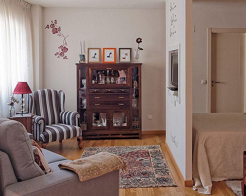adelaparvu.com despre garsoniera de 35 mp cu pat si canapea in aceeasi camera, Foto MiCasa (23)