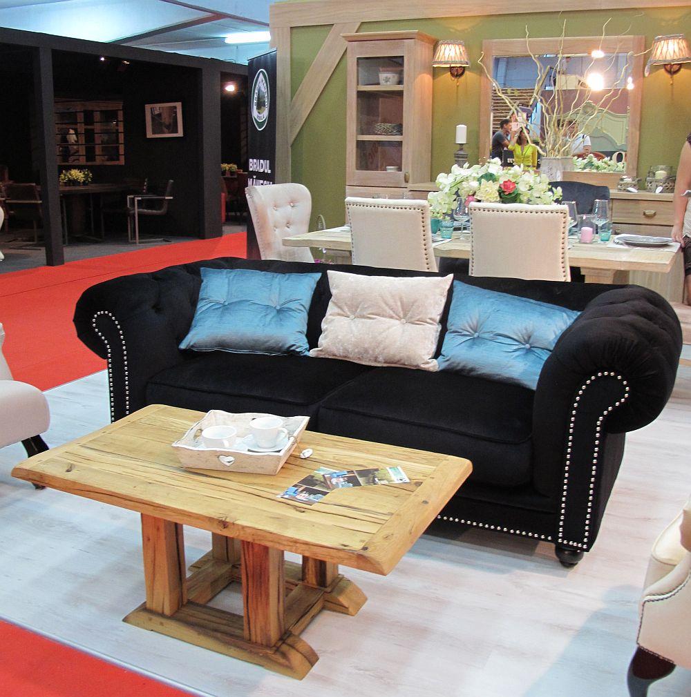 adelaparvu.com despre mobila din lemn masiv si piese tapitate, designer Ionela Pascu, producator Bradul Maneciu (4)