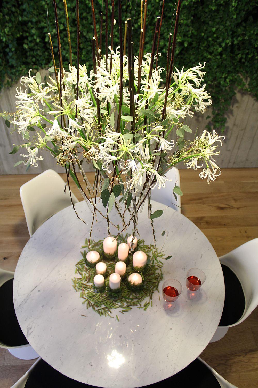 adelaparvu.com despre Nicu Bocancea designer florist castigator al concursului Flower Fusion aranjament masa de Craciun 2014 (1)