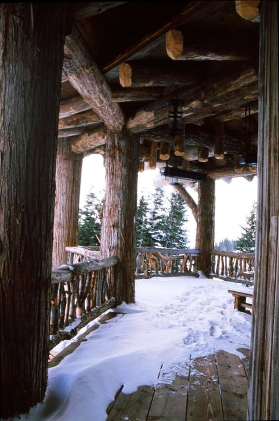 adelaparvu.com despre cabana de munte, casa lemn SUA, Lone Peak , arhitectuea Peace Design (15)