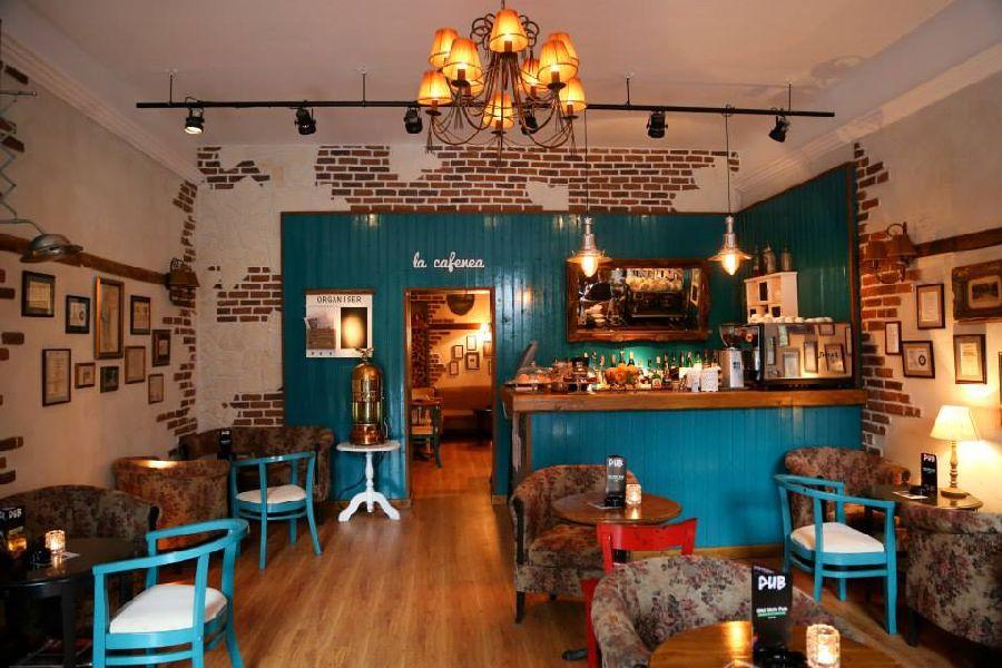 adelaparvu.com despre La Cafenea Sinaia, coffee shop Sinaia, arhitect Radu Savopol, Foto Maria Floricica  (7)