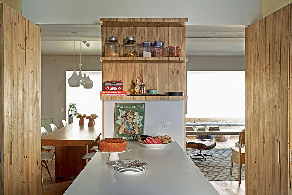 adelaparvu.com despre apartament modern cu pereti imbracati in lemn, arhitecti Veridiana Tamburus si Fabio Storrer (13)