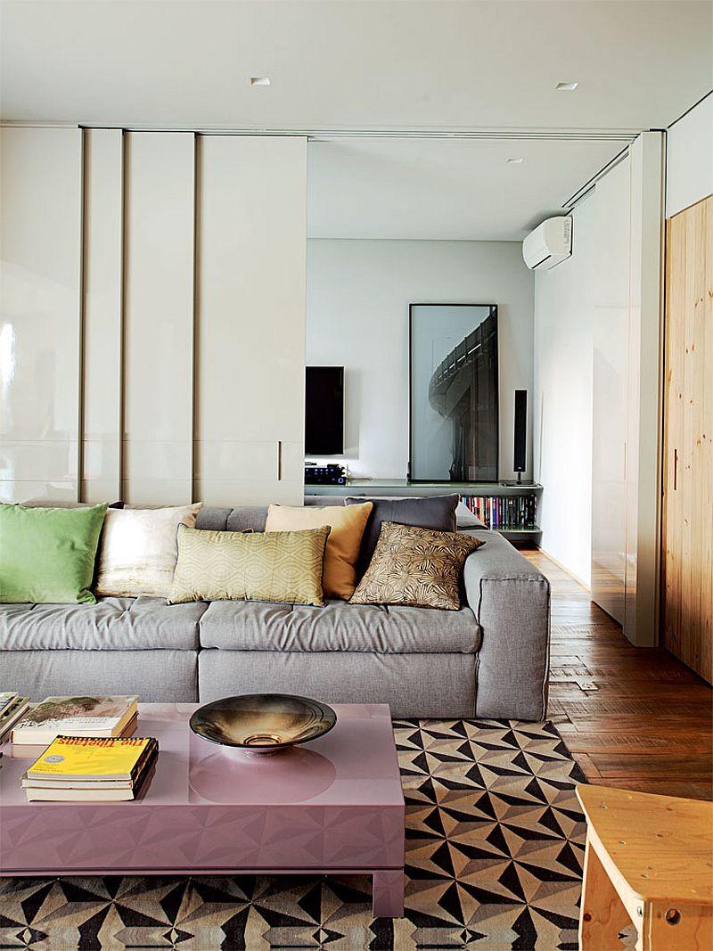 adelaparvu.com despre apartament modern cu pereti imbracati in lemn, arhitecti Veridiana Tamburus si Fabio Storrer (7)
