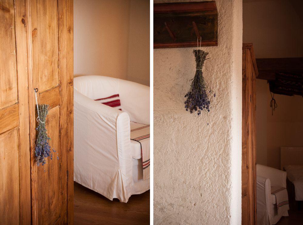 adelaparvu.com despre Casa de Oaspeti Cincsor, Camera 3 din vechea scoala, Foto Ciungu Silvia (3)