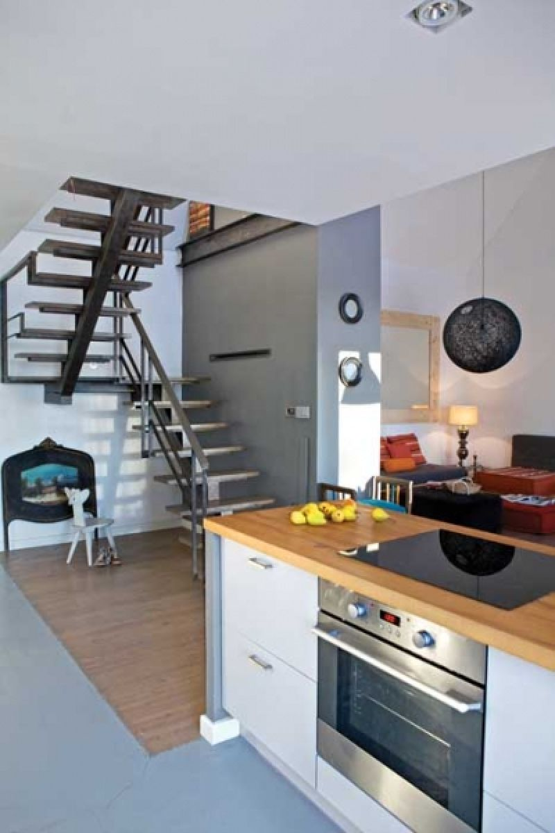 adelaparvu.com despre casa actuala cu aspect rustic la exterior, 130 mp, design interior chic2chic, Foto Michael Mrowiec (5)