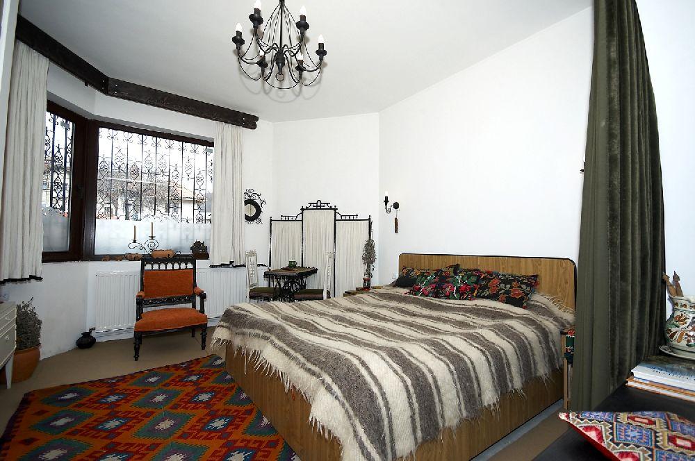 adelaparvu.com despre Anca Ciuciulin si casa ei cu decor traditional romanesc (10)