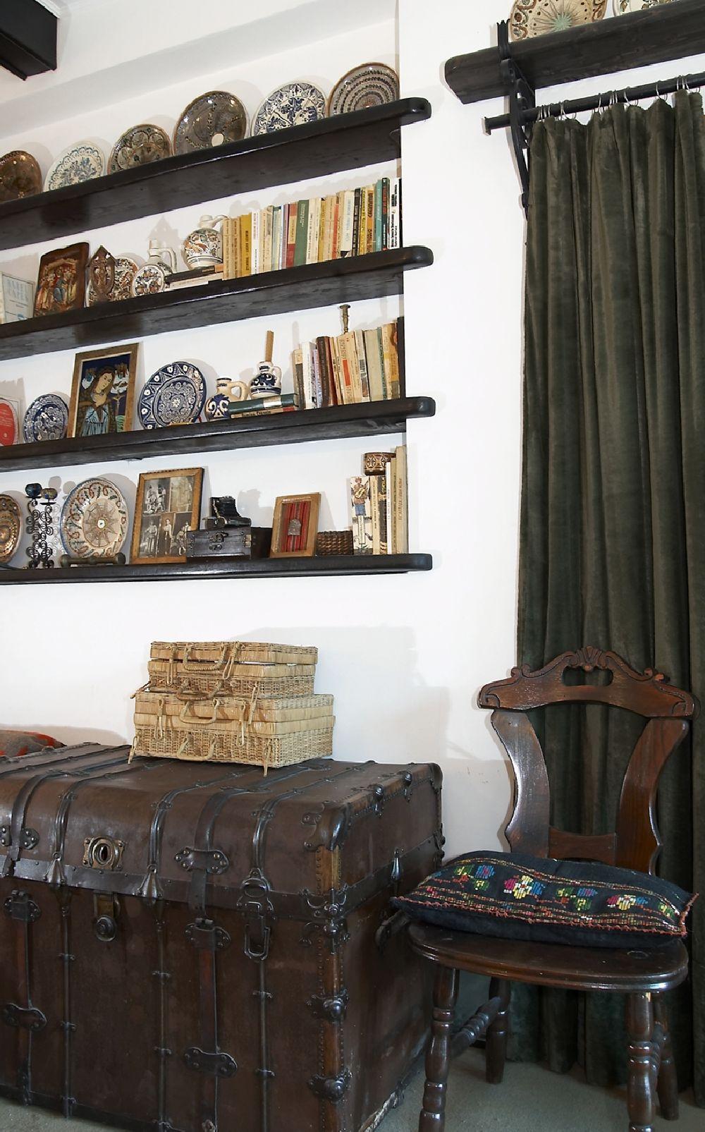 adelaparvu.com despre Anca Ciuciulin si casa ei cu decor traditional romanesc (16)