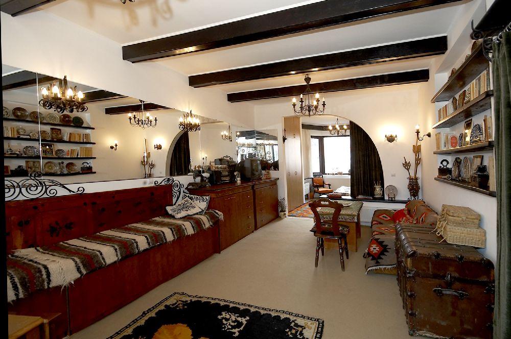 adelaparvu.com despre Anca Ciuciulin si casa ei cu decor traditional romanesc (21)