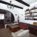 adelaparvu.com despre Anca Ciuciulin si casa ei cu decor traditional romanesc (33)