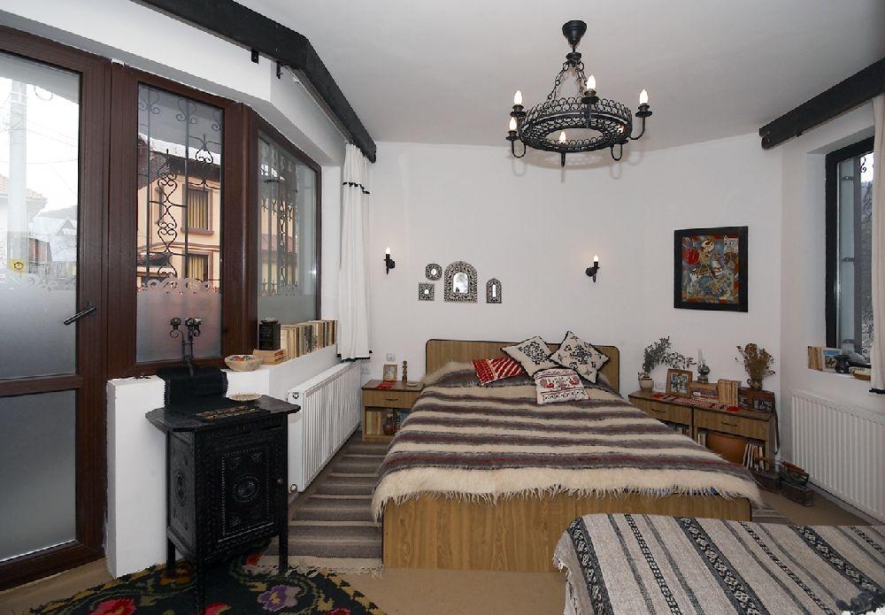 adelaparvu.com despre Anca Ciuciulin si casa ei cu decor traditional romanesc (4)
