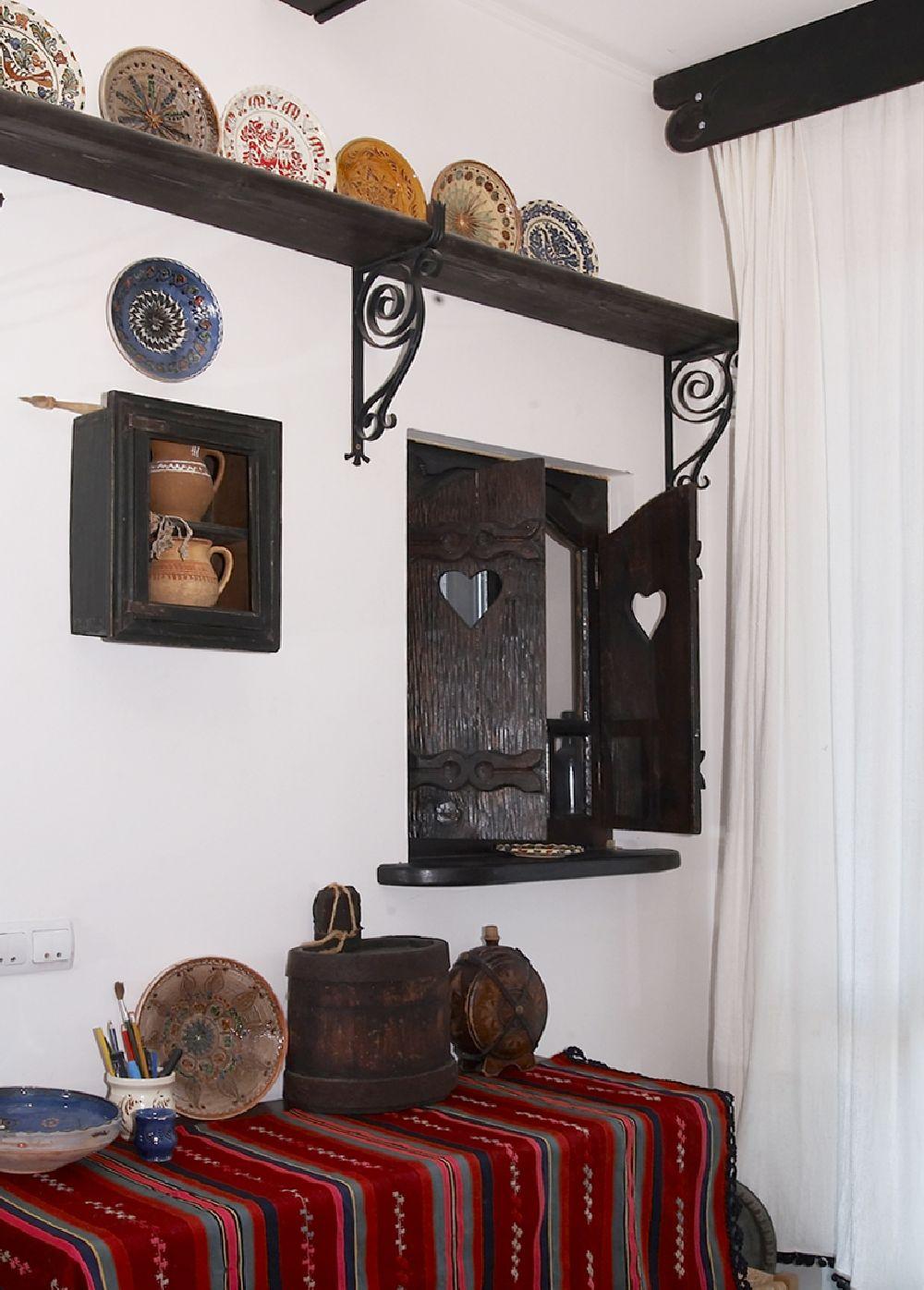 adelaparvu.com despre Anca Ciuciulin si casa ei cu decor traditional romanesc (8)