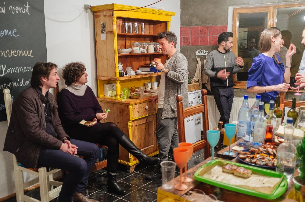 adelaparvu.com despre Apartment Art Cluj, design interior Doru Tonea, Foto Alex Lates (27)