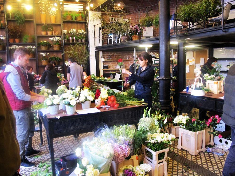 adelaparvu.com despre atelierul designerului florist Nicu Bocancea, Foraria Iris, design interior Pascal Delmotte (27)
