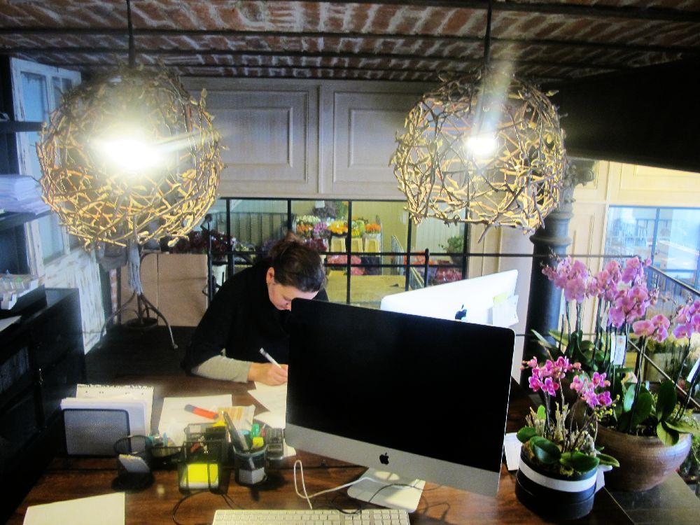 adelaparvu.com despre atelierul designerului florist Nicu Bocancea, Foraria Iris, design interior Pascal Delmotte (32)
