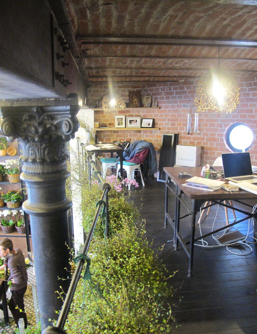 adelaparvu.com despre atelierul designerului florist Nicu Bocancea, Foraria Iris, design interior Pascal Delmotte (41)