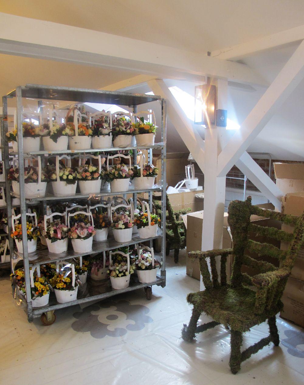 adelaparvu.com despre atelierul designerului florist Nicu Bocancea, Foraria Iris, design interior Pascal Delmotte (57)
