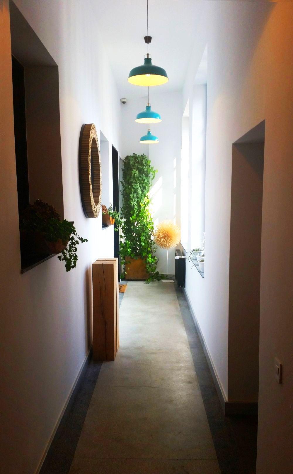 adelaparvu.com despre atelierul designerului florist Nicu Bocancea, Foraria Iris, design interior Pascal Delmotte (7)