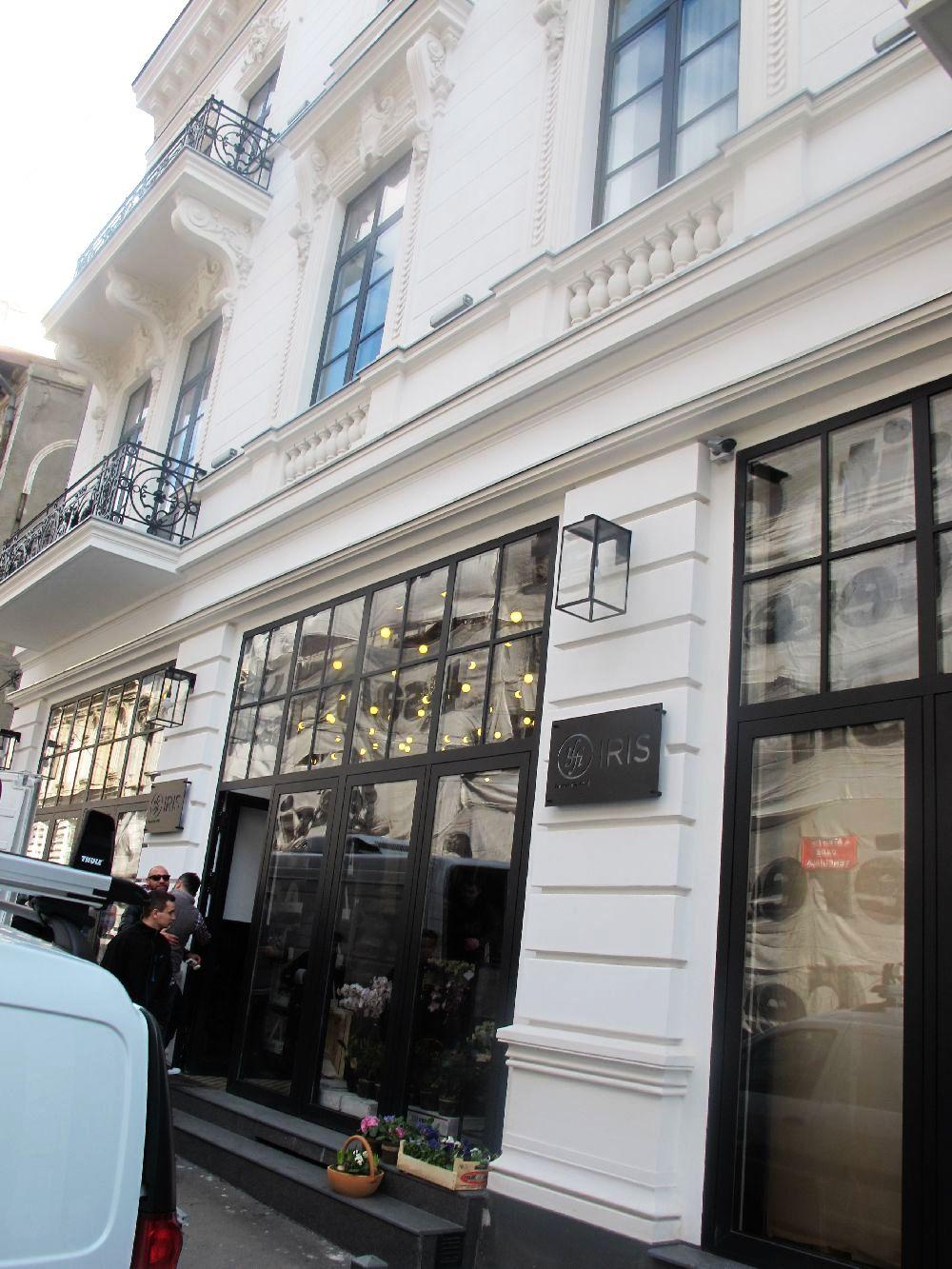 adelaparvu.com despre atelierul designerului florist Nicu Bocancea, Foraria Iris, design interior Pascal Delmotte (83)