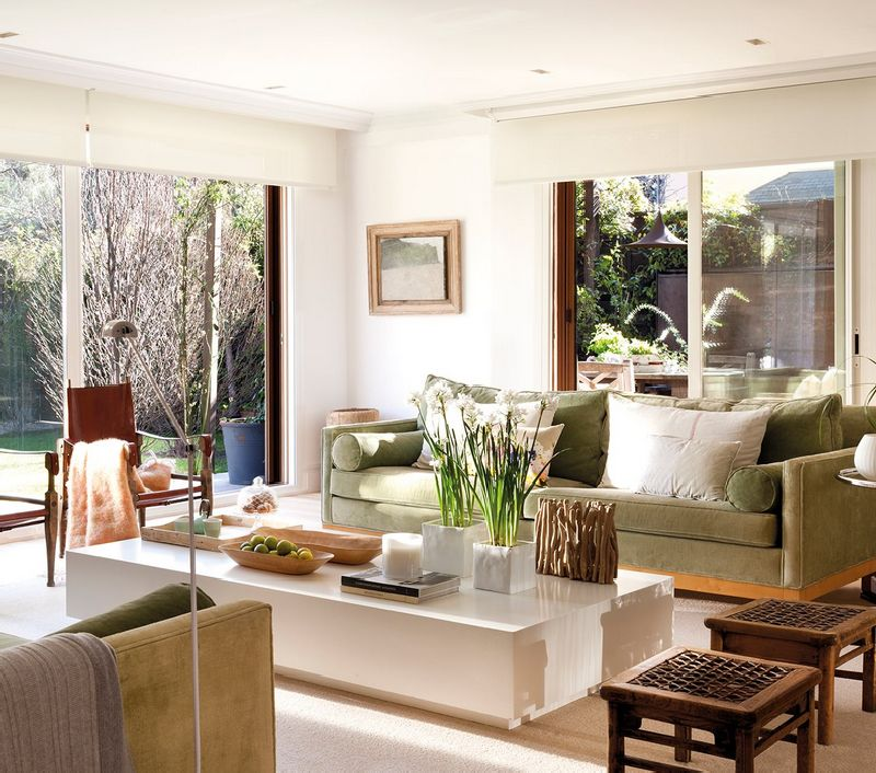 adelaparvu.com despre casa cu ferestre mari, inspirata de gradina, decorator Nela San Juan Galatas, Foto ElMueble (1)
