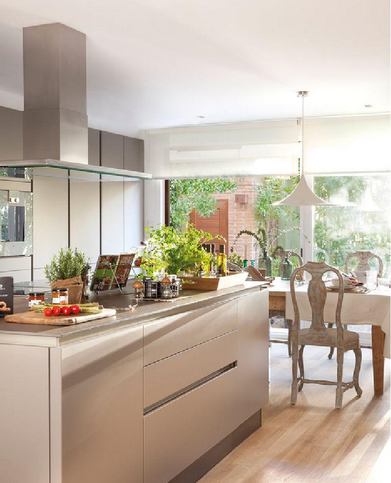 adelaparvu.com despre casa cu ferestre mari, inspirata de gradina, decorator Nela San Juan Galatas, Foto ElMueble (9)