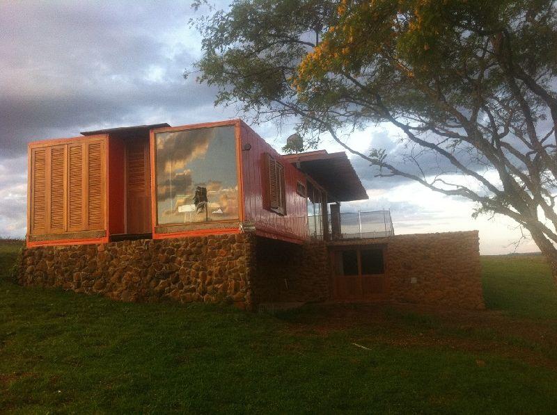 adelaparvu.com despre casa din containere si zidarie, arhitectura Jorge Siemsen, Foto Jorge Siemsen si Foto Lufe Gomes (10)